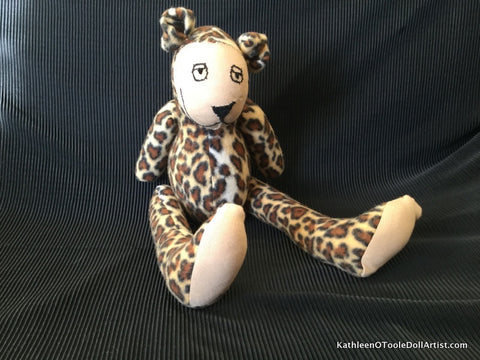 Happy Bear:  Leopard Fleece 40.5 cm / 16 ""