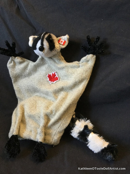 "Raccoon Hand Puppet 10"" 26 cm (up cycled light grey sweater)"