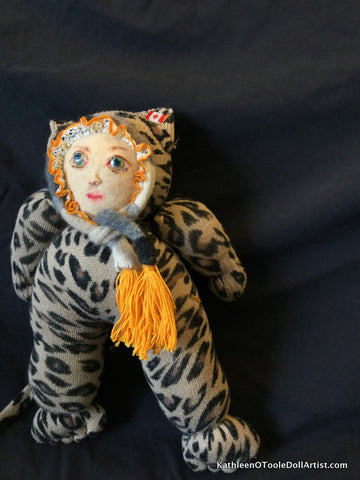 "Childhood Dreams Leopard Kitty Doll 13"" 33 cm"