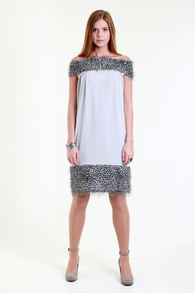 Allegretto grey sack dress with fur