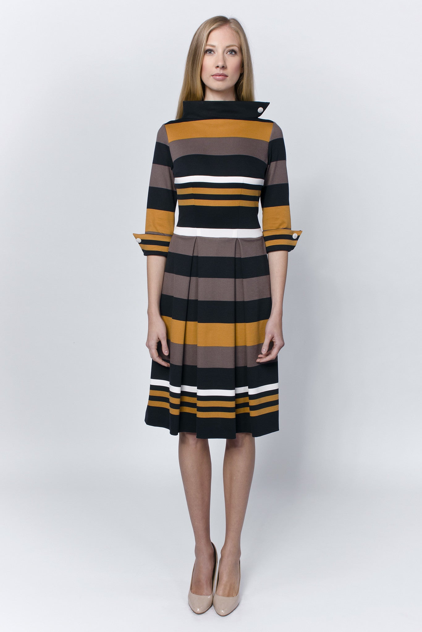 Striped-pleated-dress-mustard-Laccafashion