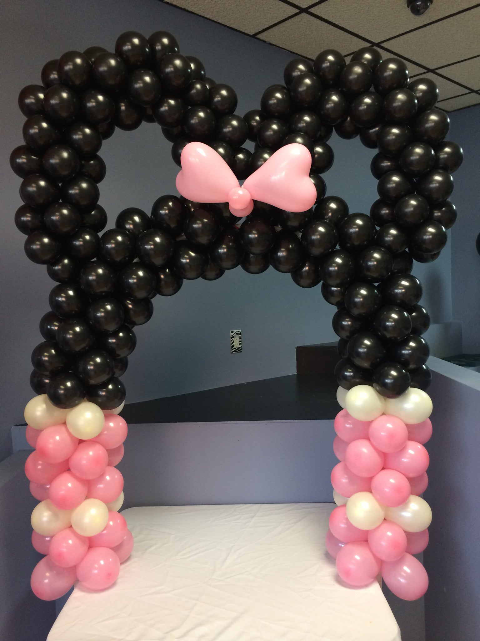 Diy Minnie Mouse Mickey Mouse Arch Party Products