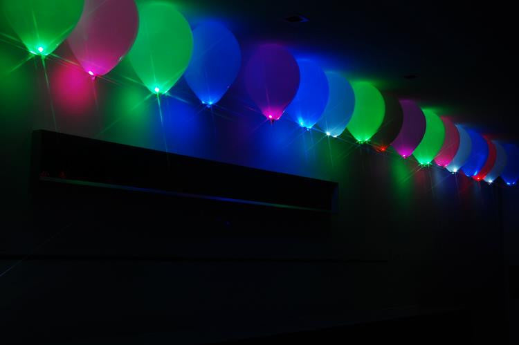 Party Dots as LED balloon lights. Flash, Blink or glow. Lights lasts over 24 hours.
