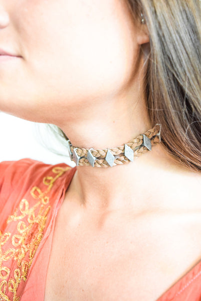 How to Rock the Choker Trend