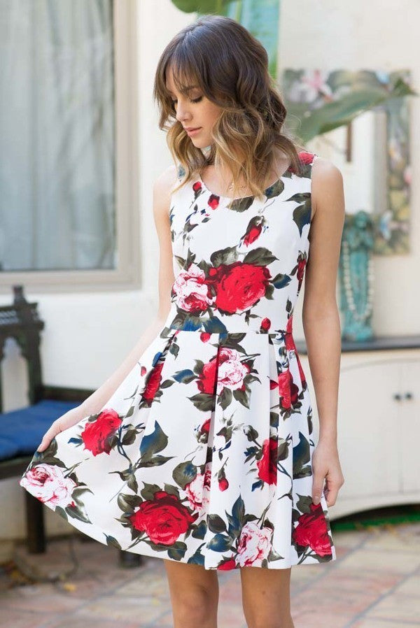 Say YES to the Floral Dress this Spring!