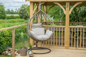 LG Outdoor Hanging Egg Chairs