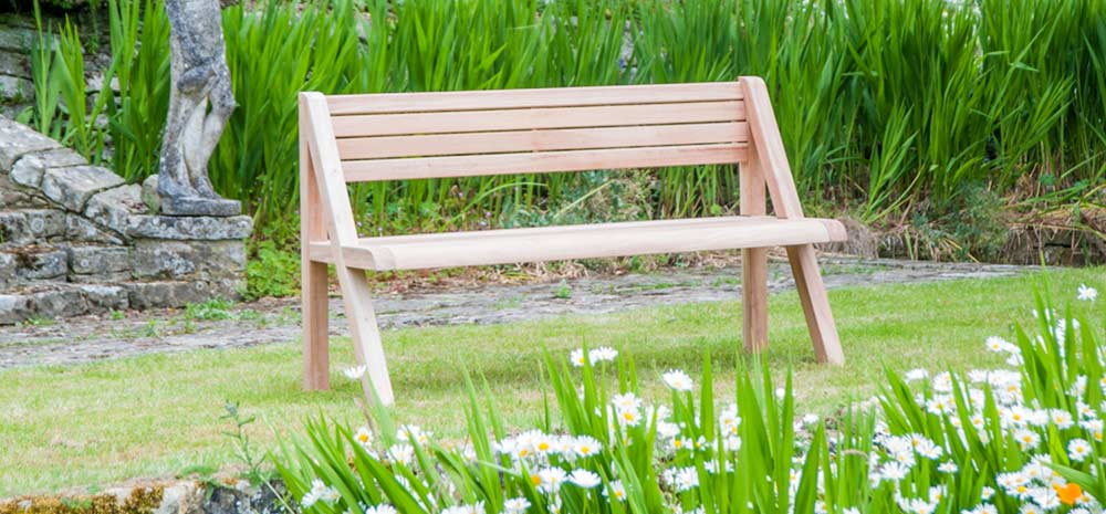 Guide to Spring Cleaning Your Garden Furniture