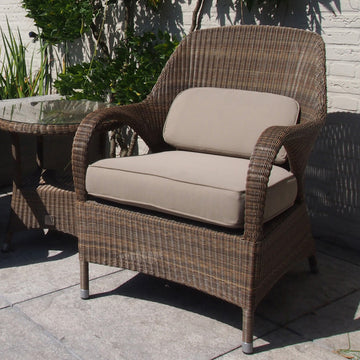 4 Seasons Sussex Living Polyloom Taupe Wicker Chair with 2 Cushions