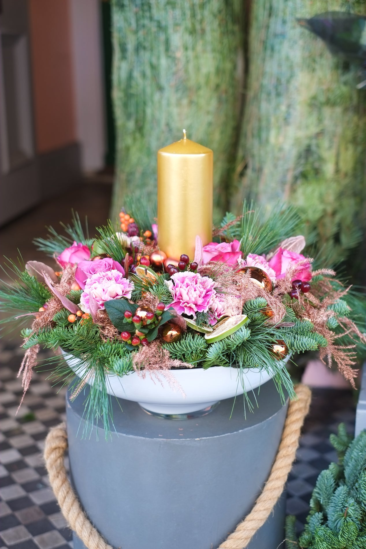 Round Candled Centerpiece