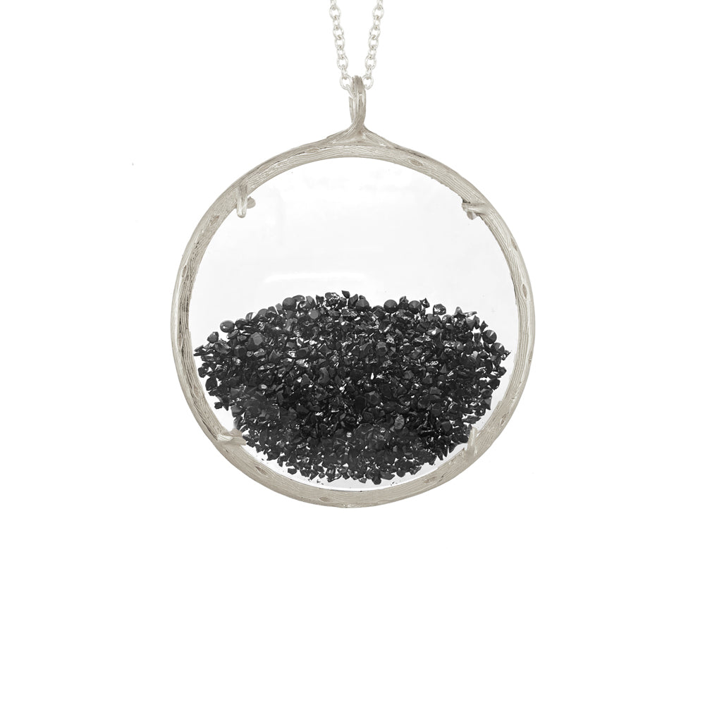Extra Large Shaker Necklace in Black Spinel
