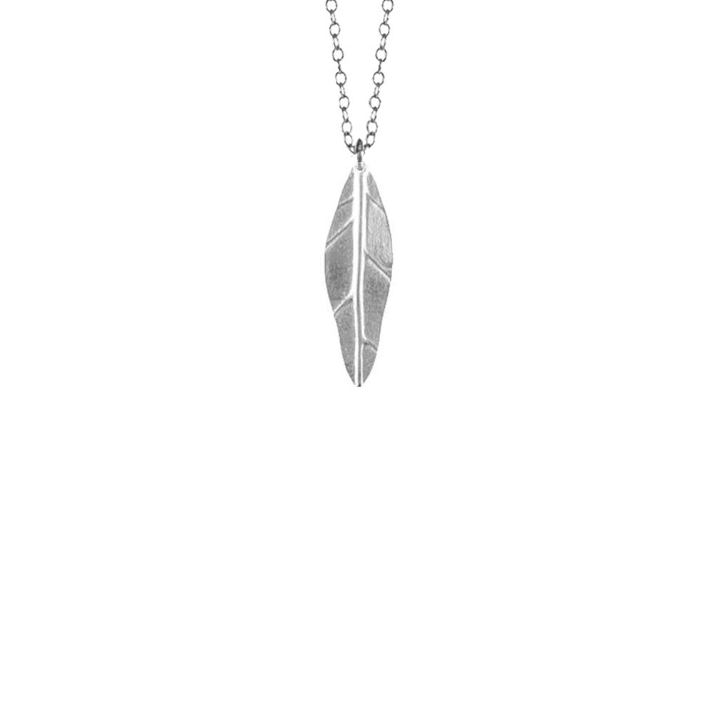 Small Vein Leaf Necklace