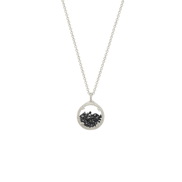 Mini Shaker Necklace in Black Spinel