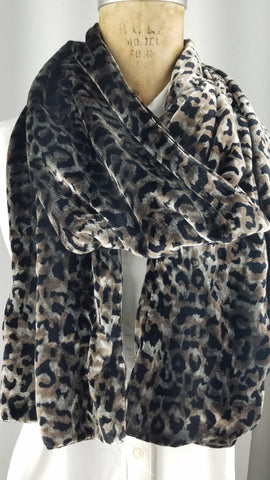 Hand painted silk velvet silver leopard back to back
