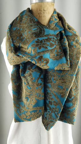 Silk velvet golden paisley pattern on Cedar silk velvet back