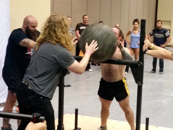 The Cascade Classic 2016 Competition - crossfit weightlifting athletes in action - Jumpbox Fitness