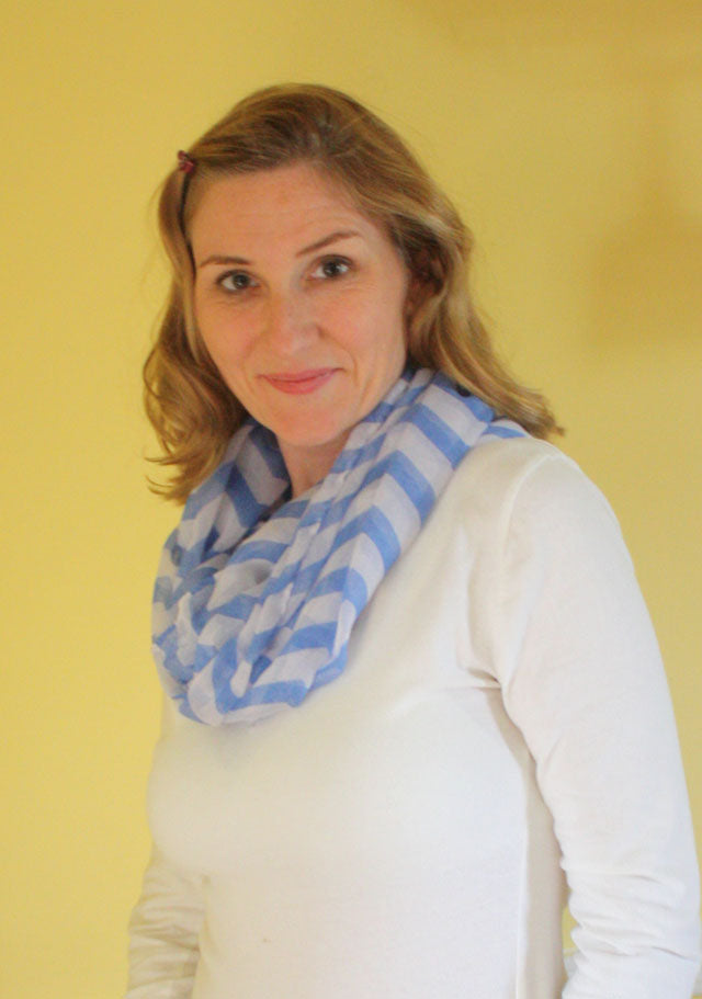 wear an infinity scarf to hide a casual neckline; in summer it's softer and more comfortable than a chunky necklace