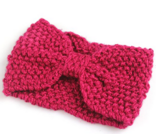 Knitted bow headband - one of the must-have bow accessories  of the season #pamperedteacher