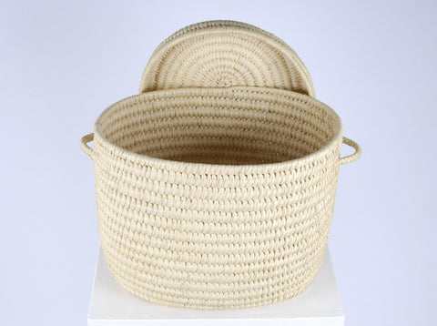 PINDI: Natural Oval Lidded Basket