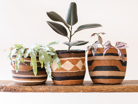 KADI: Geometric Natural and Black Baskets