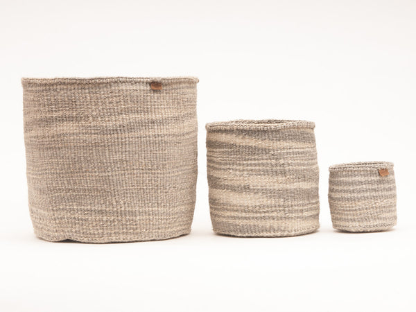KUTELEZA: Grey Cloud Woven Storage Basket