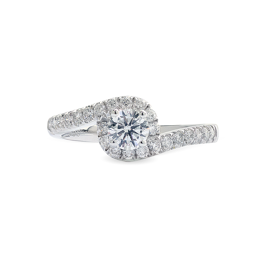 Round Brilliant Diamond Ring with Shoulder Stones