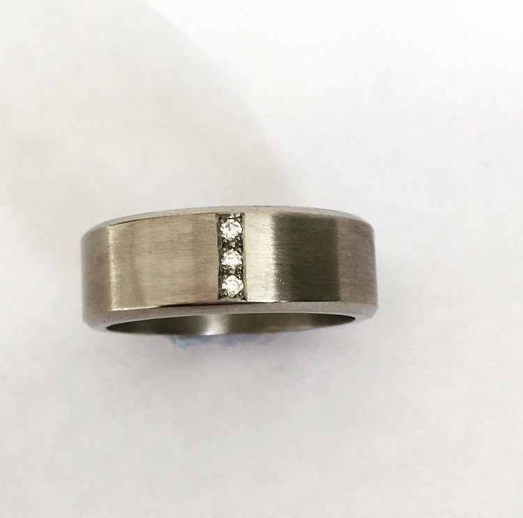 Titanium & Diamond Gent's Ring