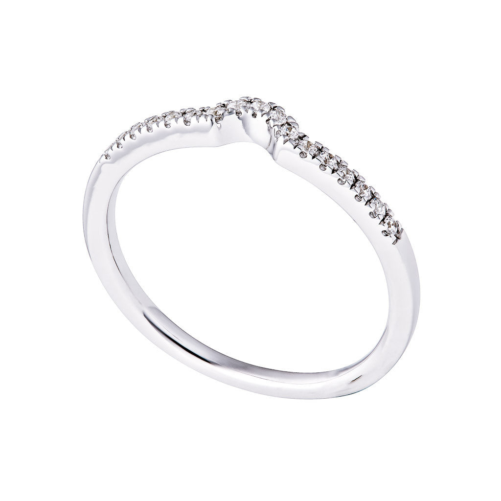DIAMOND SHAPED WEDDING BAND