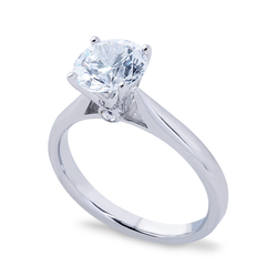 SOLITAIRE DIAMOND PLATINUM RING