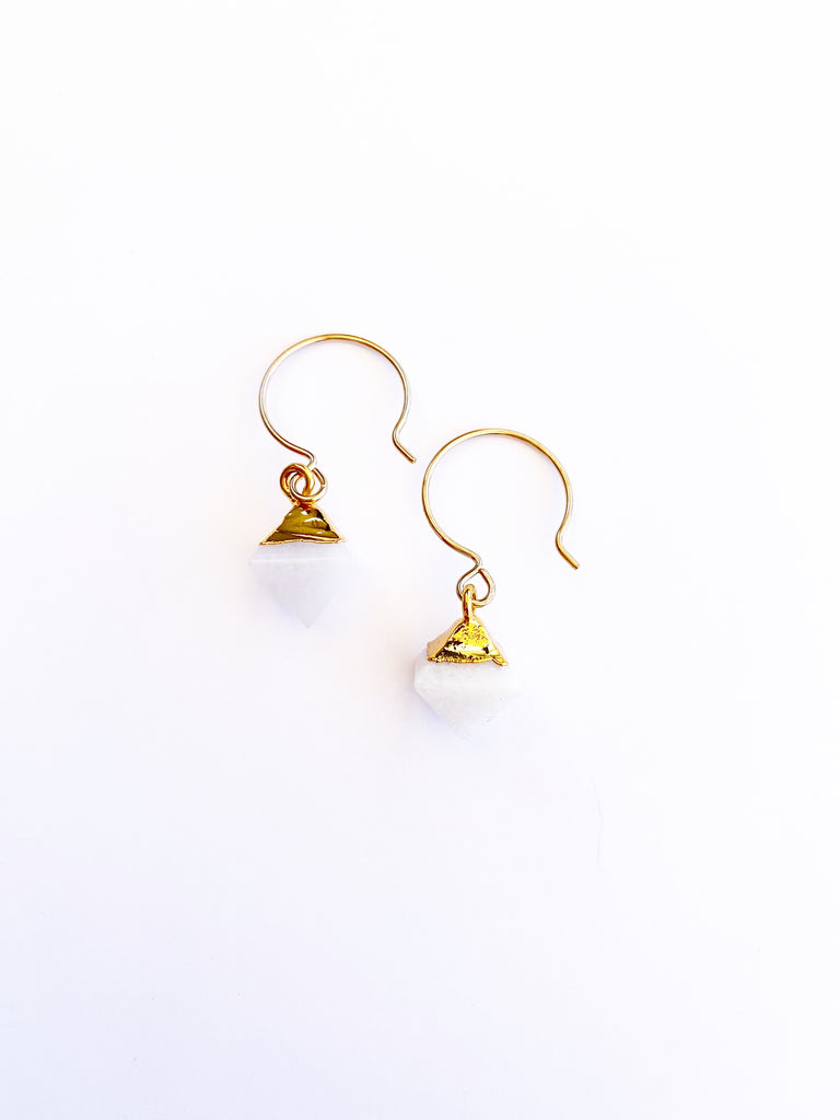 White Smoke Gold Detail Geometric Drops