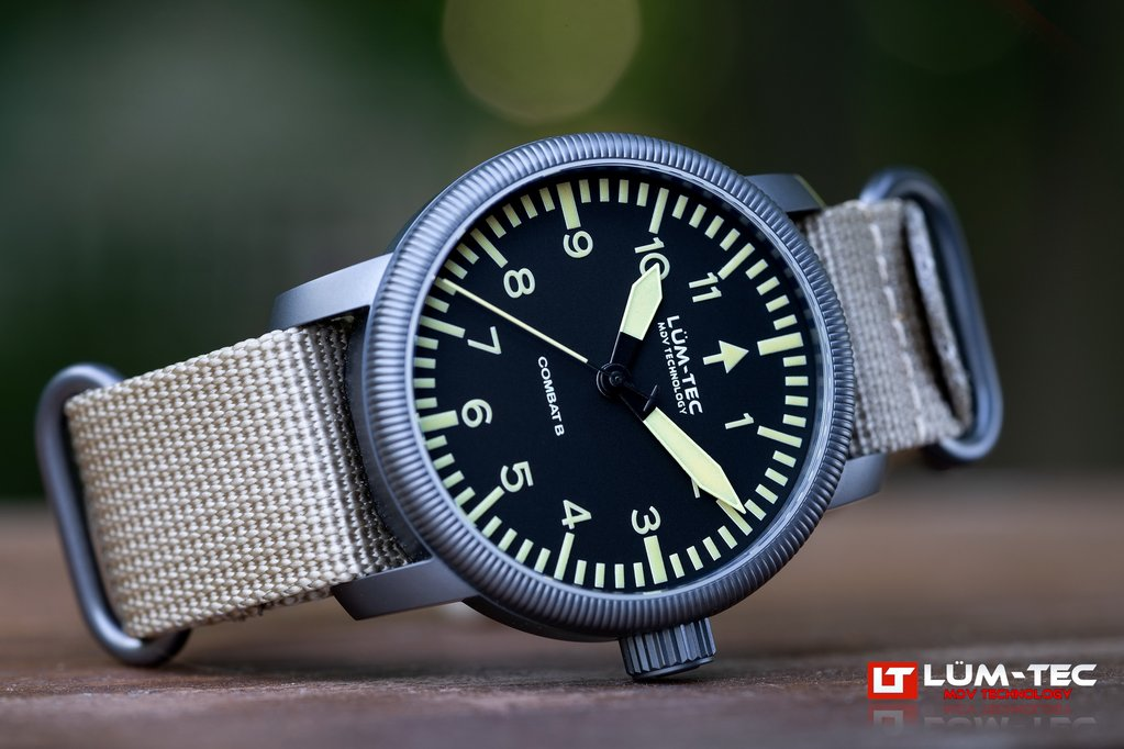 LUM-TEC Combat B46 WATCH