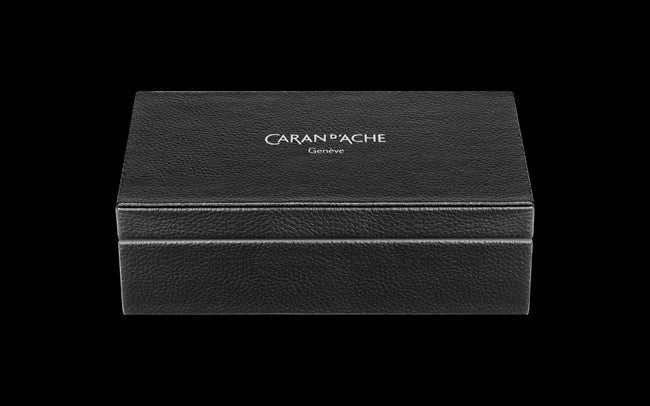 Caran D'Ache VARIUS CERAMIC Black Fountain Pen