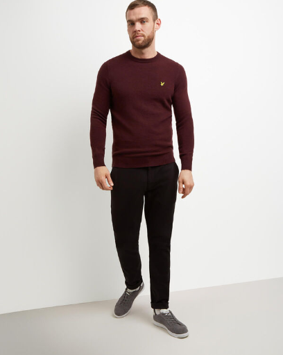 Lyle & Scott Crew Neck Jumper (Burgundy)