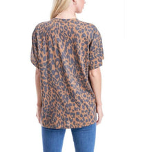 "Load image into Gallery viewer, Leopard ""Cool Mom"" Cotton Slub T-Shirt"