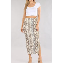 "Load image into Gallery viewer, ""Ellen"" Stretchy Snake-Printed Skirt"