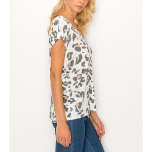 """That Leo"" Leopard Knit Top - White"