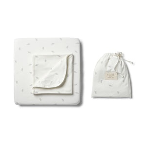 Wilson & Frenchy - Organic Float Away Cot Sheet Set