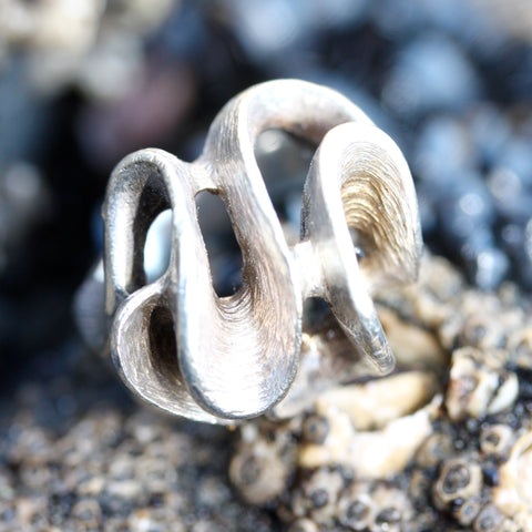 A  Wind and Wave Freedom Ring ON SALE