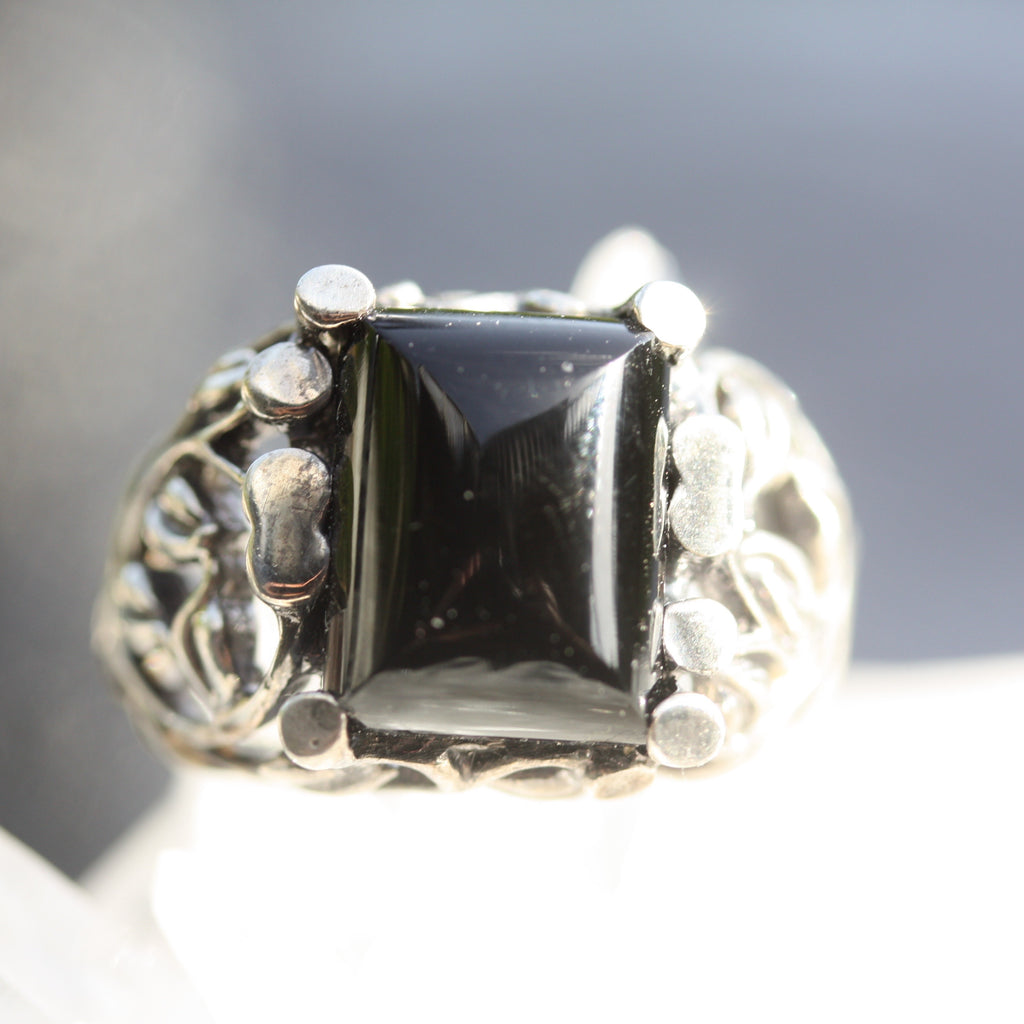 Nouveau Vined ring with Onyx SALE