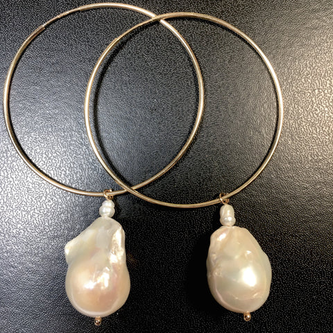 A Large Gold MABE Pearl Hoop Earring/Earrings