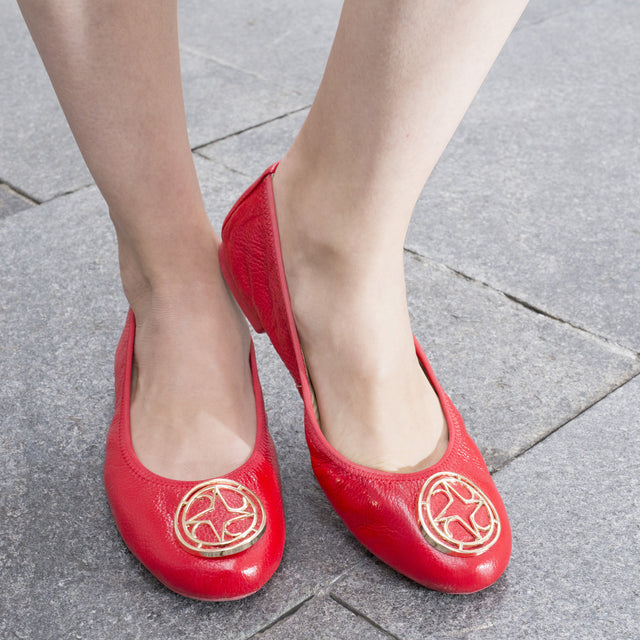 foldable red leather flat
