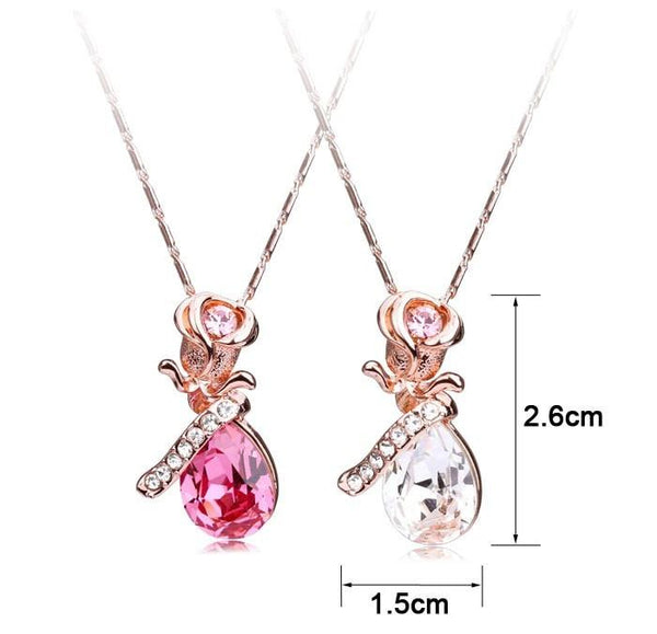 Pink Hippo Store Rose Shaped Crystal necklace Clear
