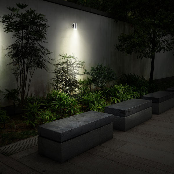 Luceco LEXDSSF Stainless Steel Single IP54 Halogen Outdoor Wall Light - Luceco - Sparks Warehouse