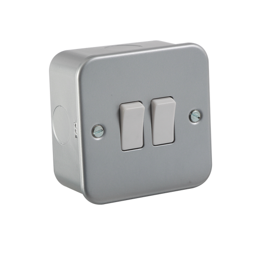 Knightsbridge M3000 Metal Clad 10A 2G 2 Way Switch - Knightsbridge - sparks-warehouse