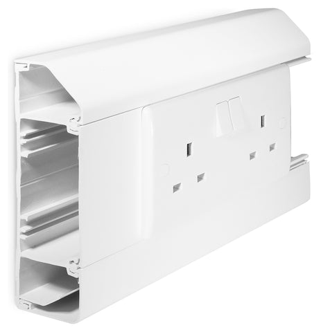 BG CM3CP DADO 3 COMPARTMENT TRUNKING CAT5E PACK 6m