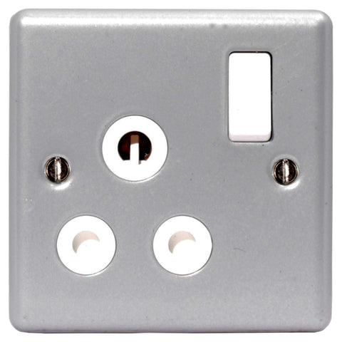 BG MC599 METAL CLAD 15A 1 Gang Switched Socket