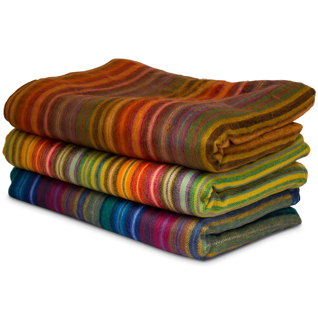 Beautiful And Cozy Hand Woven Blanket Throw From Ecuador
