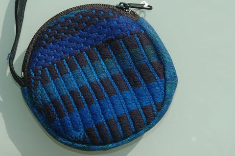 Dyed looped purse