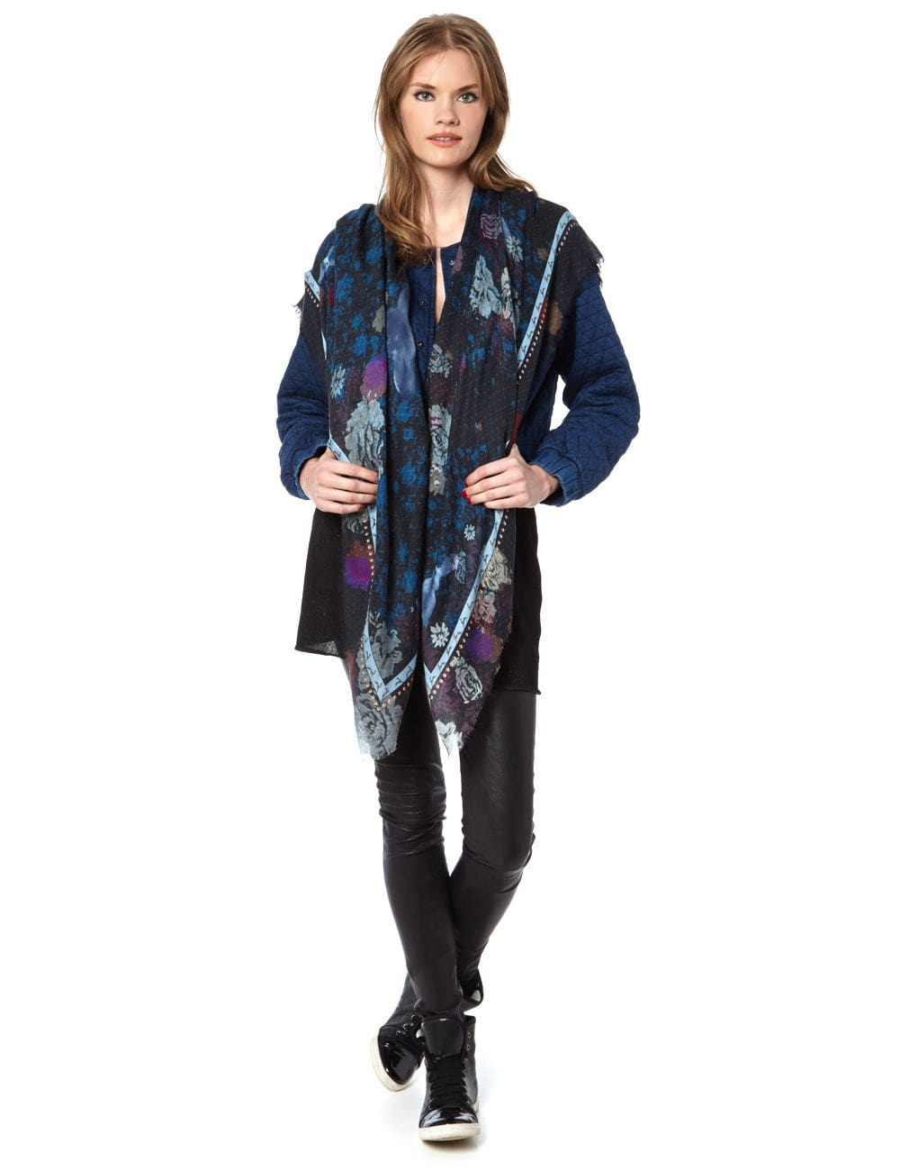 Rabbit print scarf midnight blue