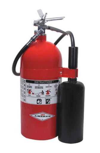 Amerex® 10 Pound Stored Pressure Carbon Dioxide 10-B:C Fire Extinguisher For Class B And C Fires With Chrome Plated Brass Valve, Wall Bracket, Hose And Horn