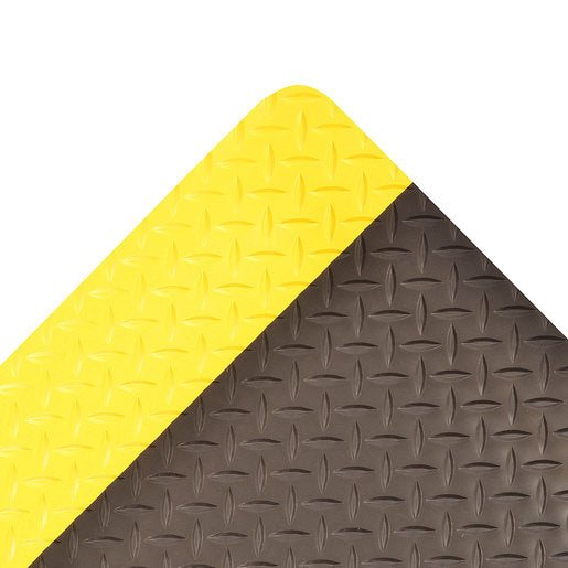 "Superior Manufacturing 3"" X 75"" Yellow And Black 1"" Thick Roll 979 Saddle Trax'Ñ¢ Non-Slip  Anti-Fatigue Floor Mat"